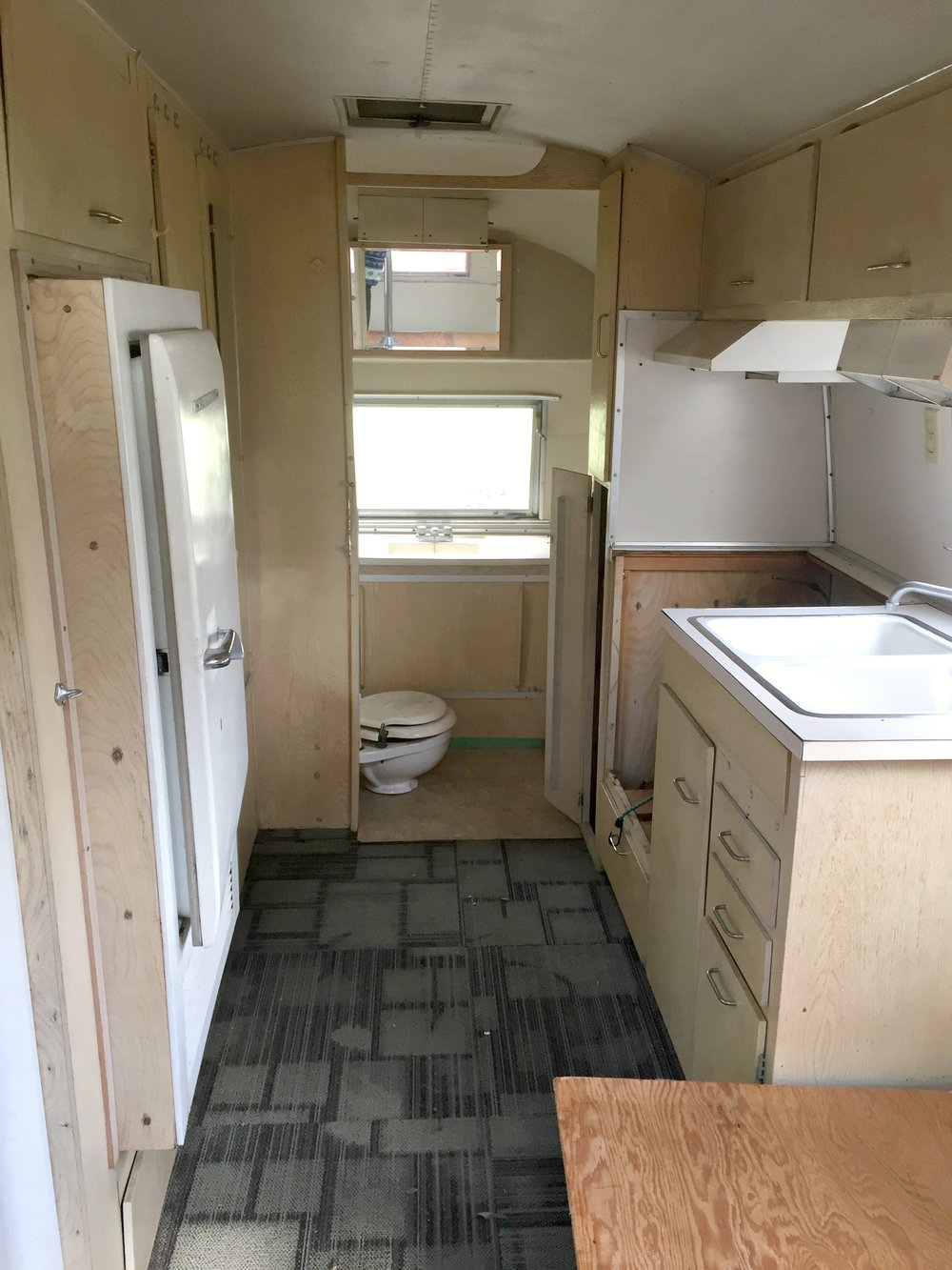 Skye the Airstream - BEFORE reno, 20 July 2017 1.jpg