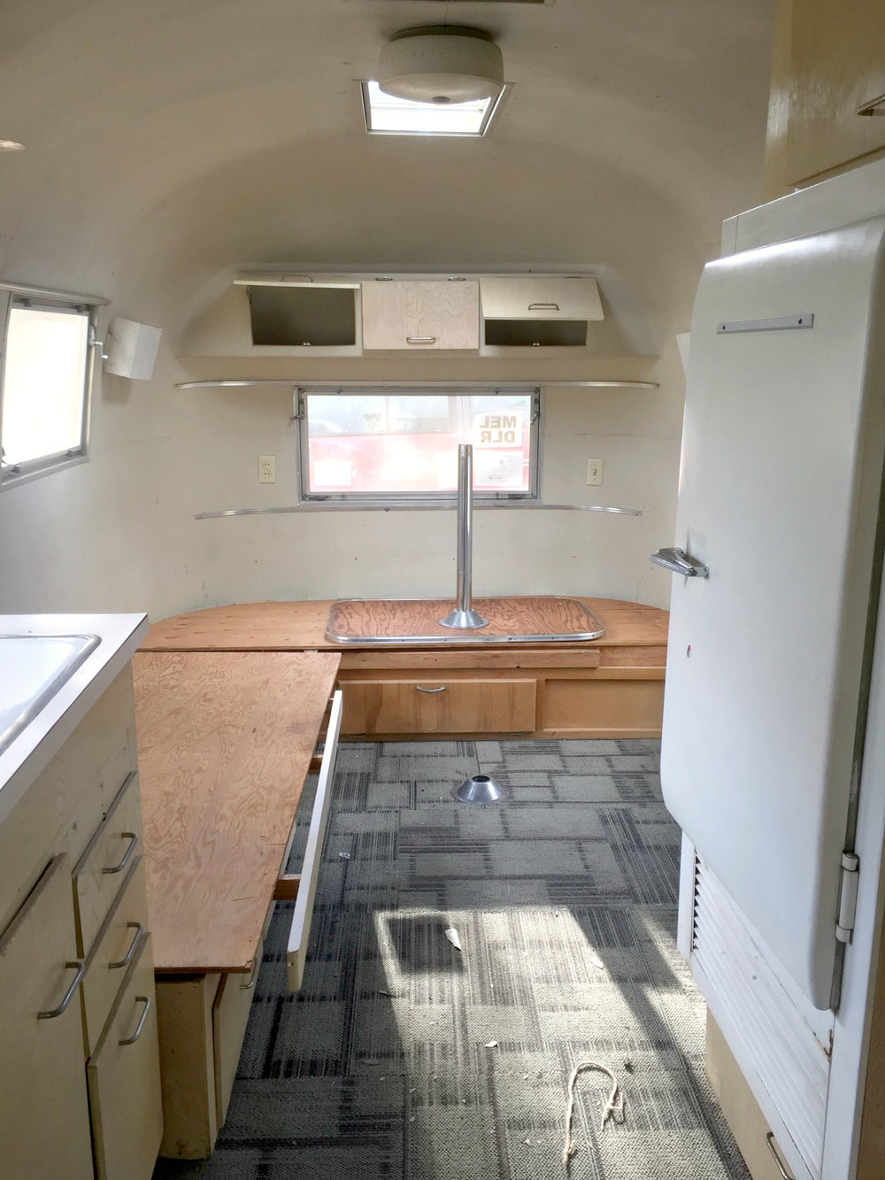 Skye the Airstream - BEFORE reno 20 July 2017 3.jpg