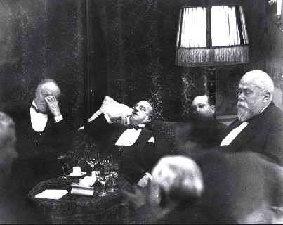 Conference at the Hague,  1928 Erich Salomon