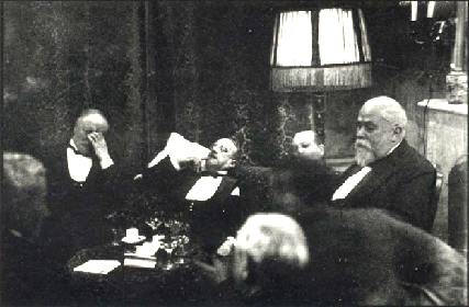 Erich Salomon,  Conference at The Hague, 1928