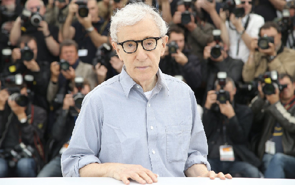 AP,  Woody Allen With Paparazzi,  2012
