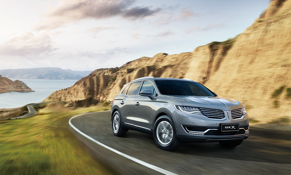 Lincoln_MKX1.png