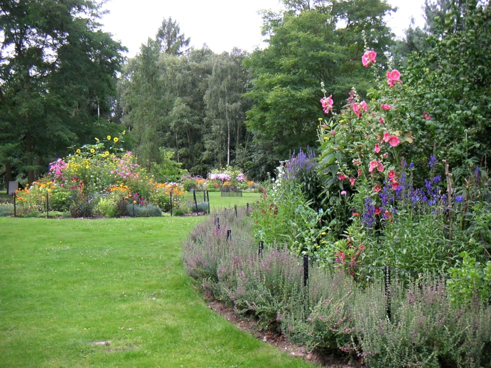 Painshill Temple of Bacchus flower beds 2.jpg