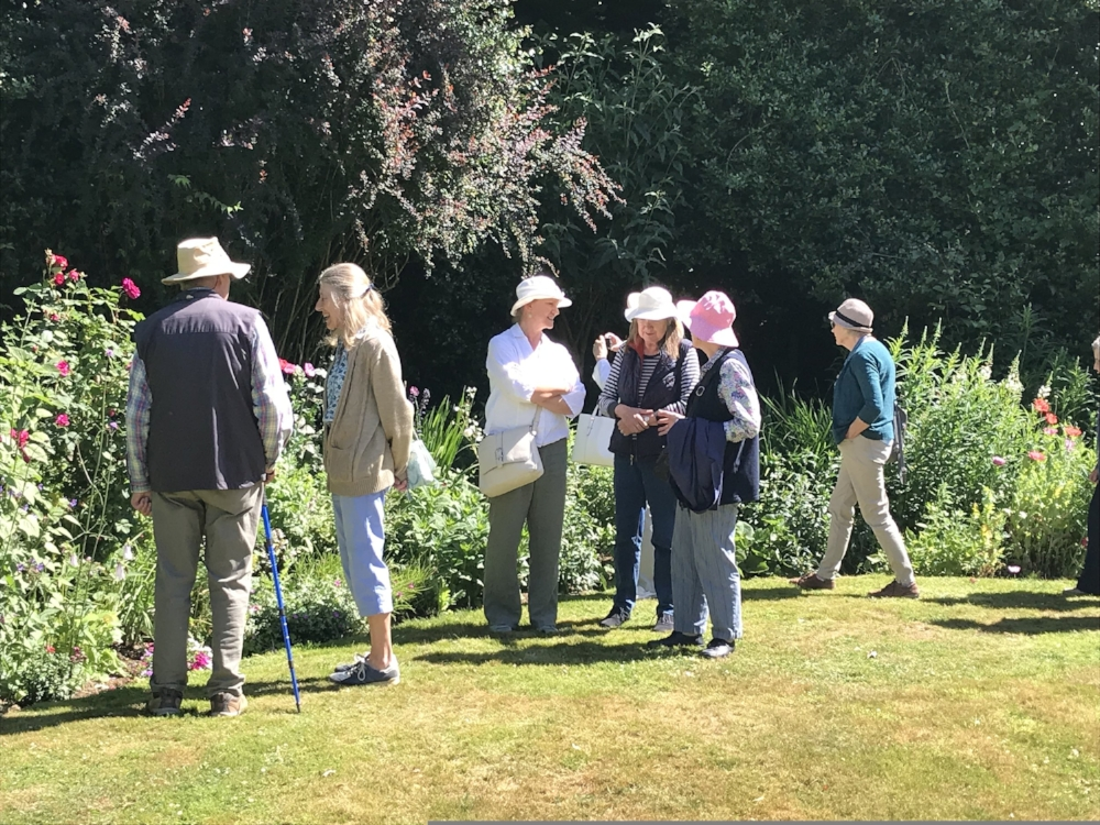 Garden Visits 2019 - Currently planning visits to a wide array of historic public and private gardens for next year. Please check back in mid-March. Details will be announced then and provided in our Garden Visits Newsletter.