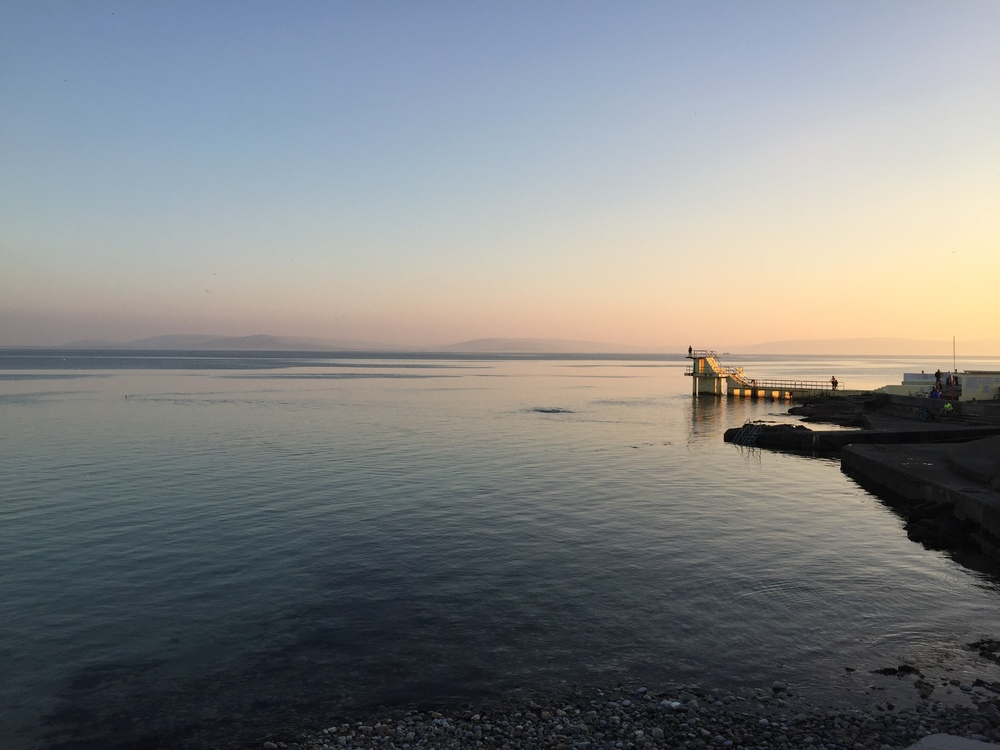 Salthill Diving Board - 5 min drive