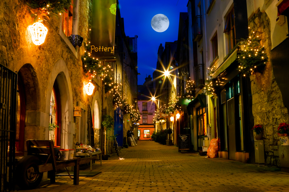 Galway City - 10 mins drive