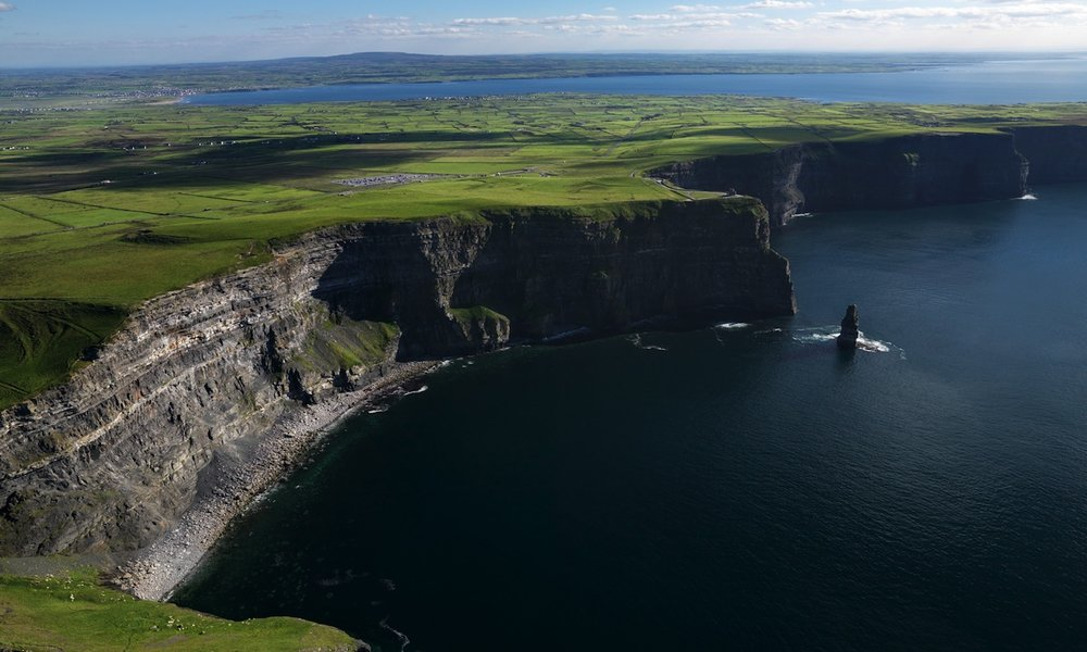 sdp10_cliffs-of-moher_bg.jpg