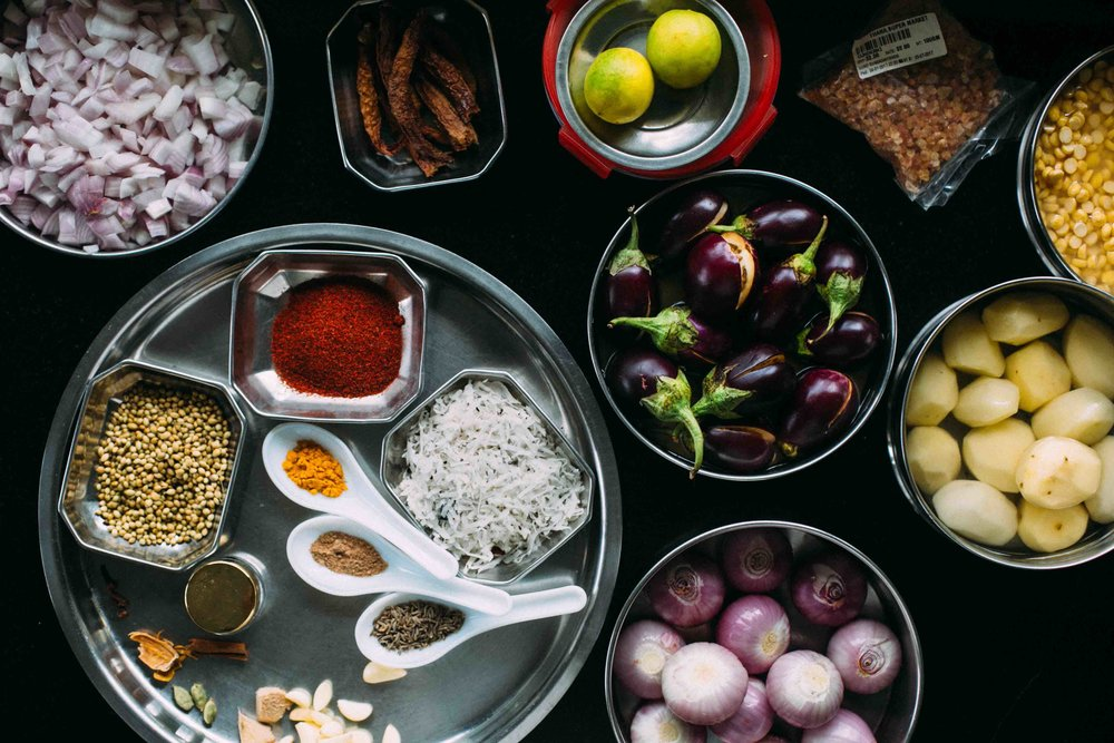 Dumpokta recipe by Saee Koranne-Khandekar, small onions, brinjal
