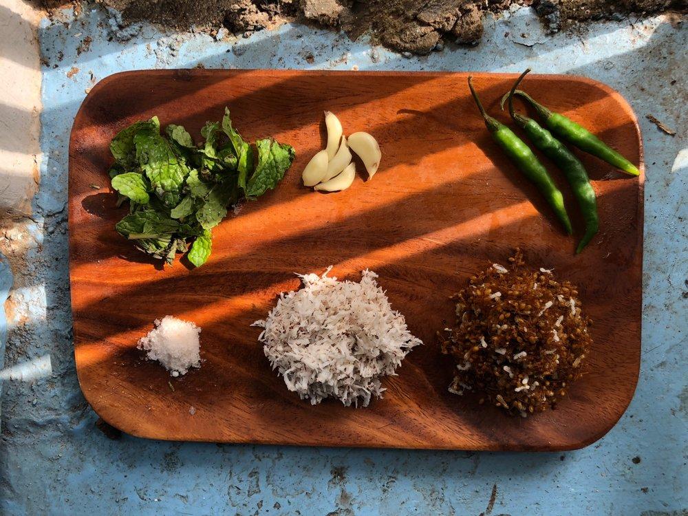 Ingredients for weaver ant chutney