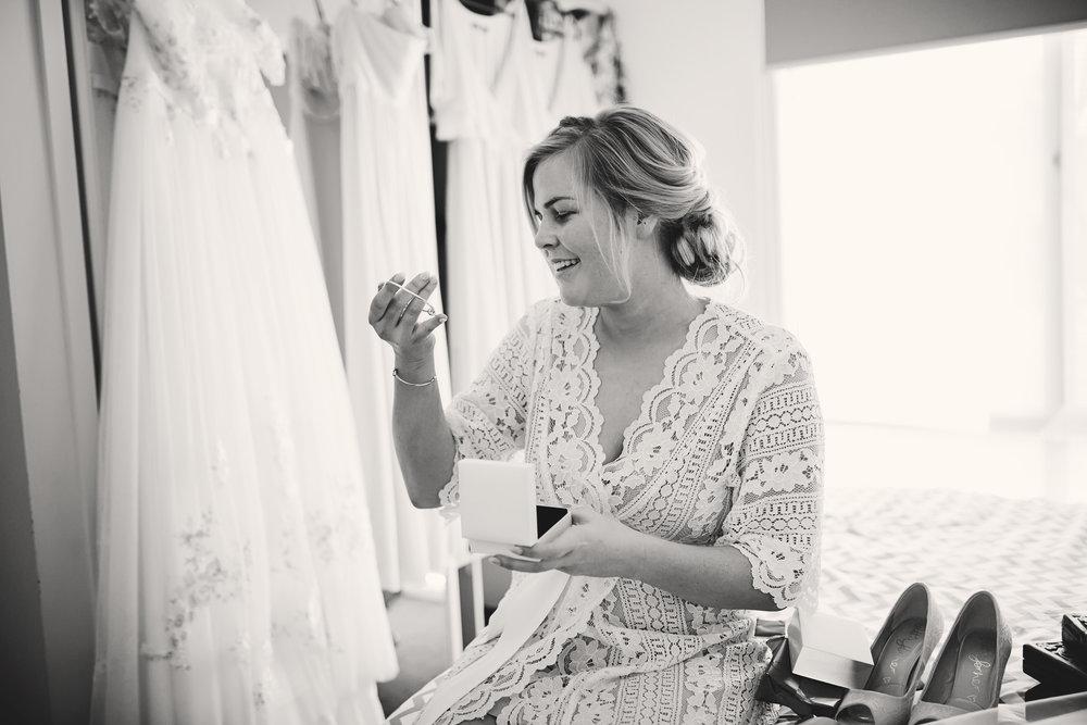 Hills District, Sydney Wedding photography - brides gift