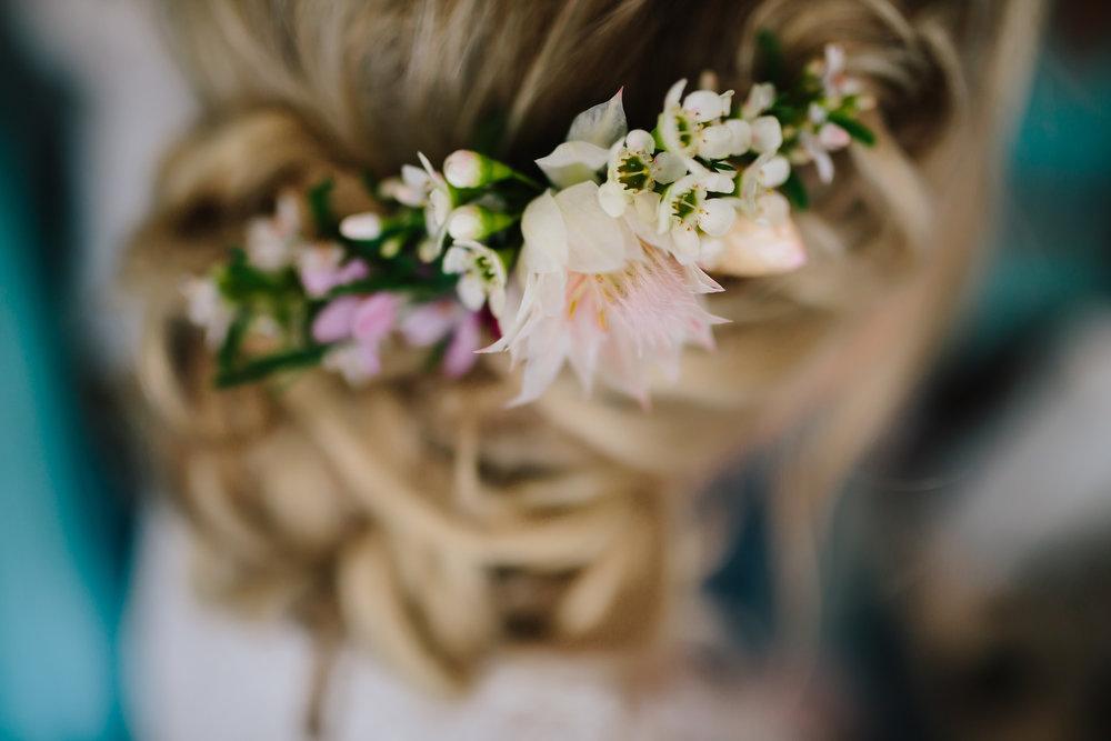 Hills District, Sydney Wedding photography - hair flowers