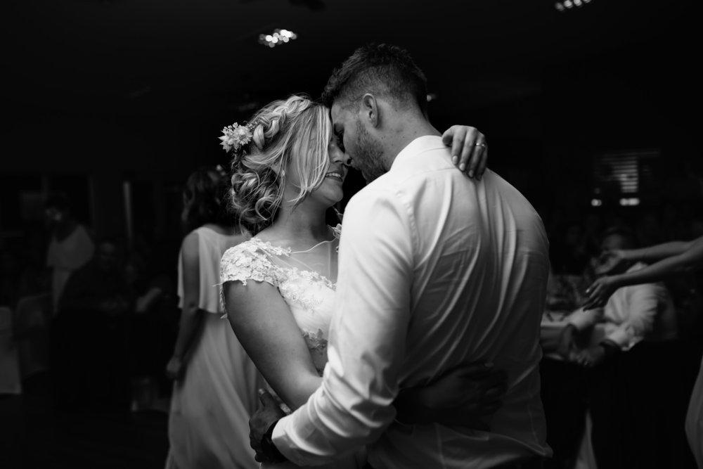 Hills District, Sydney Wedding photography - Umina Surf Club