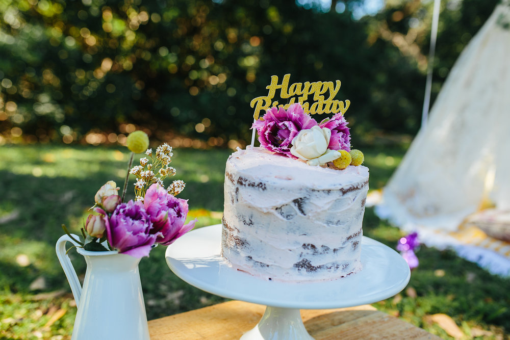 Naked Cake | Hills District party photographer