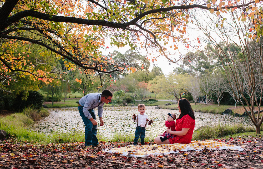 Autumn family photos | Dural Photographer