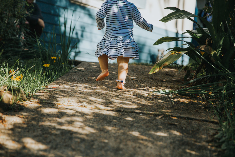 up the path | Children's photographer