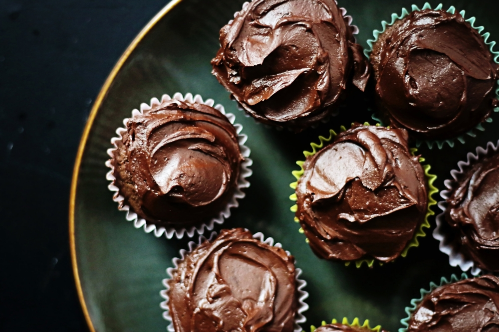 Perfect Gluten Free Chocolate Cupcakes-LIFE SMART by Carrie Dorr