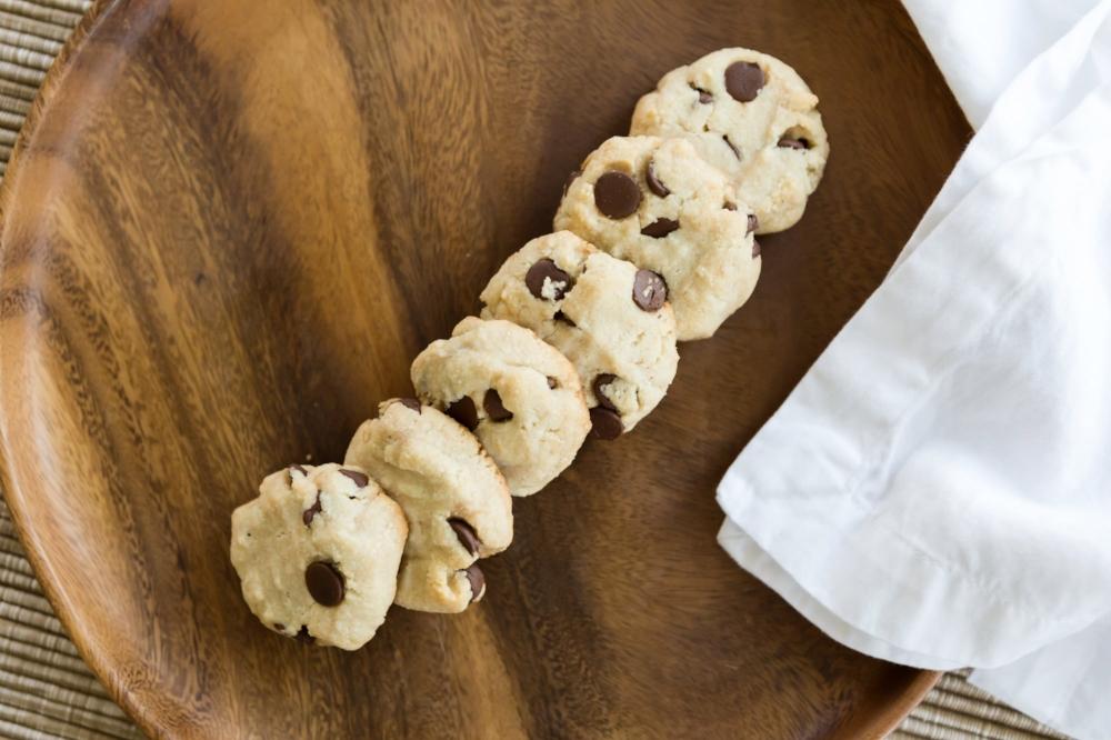 choc chip cookies 2.jpg