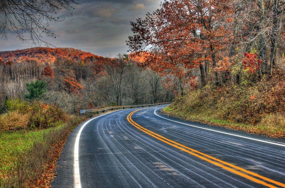 road-207312_1920.jpg