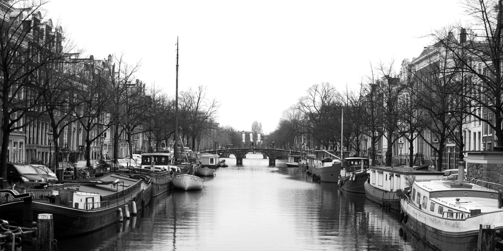 canal-b-and-w.jpg