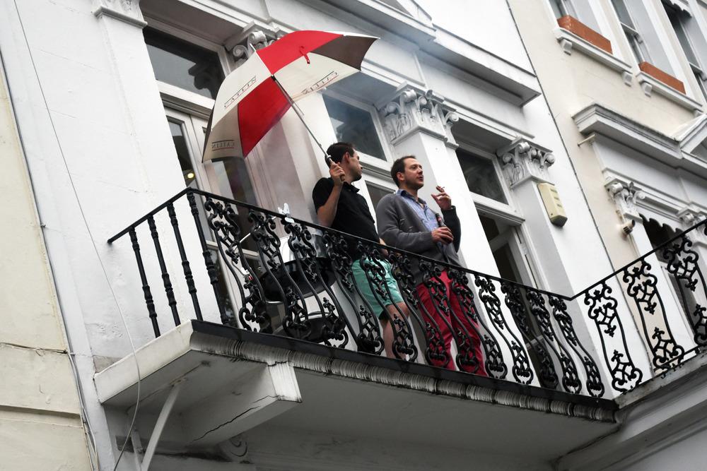 dudes-balcony.jpg
