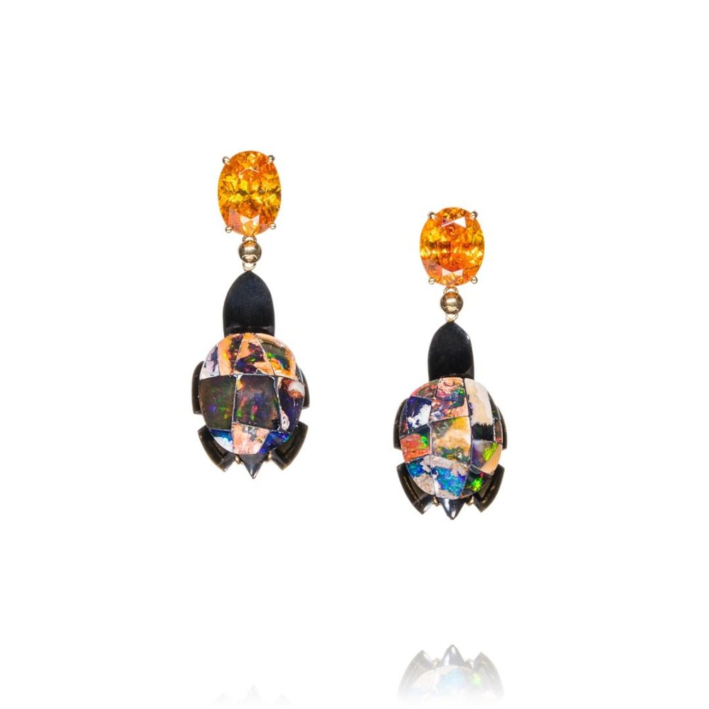 EARRINGS- MEXICAN OPALS AND BLACK AGATE TURTOISES, SPHALERITE FROM SPAIN, 18KTS GOLD .jpeg