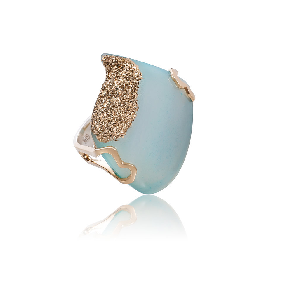 玛瑙晶簇与22k金,18k黄金戒托,925银镀18k白金戒指