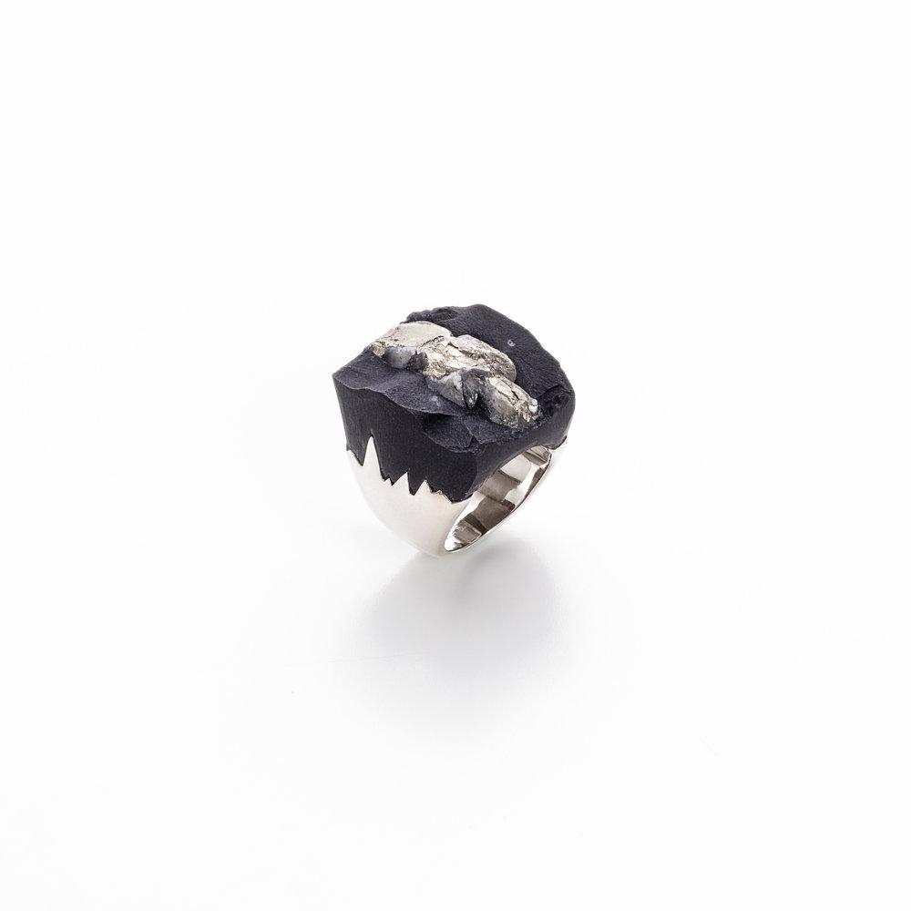 黄铁矿与片岩,925银镀18k白金戒指