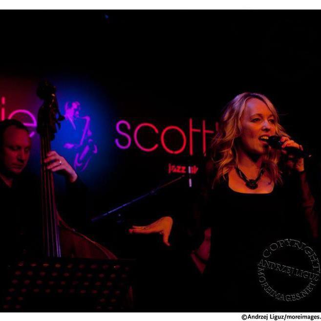 Tammy Weis- Live (13).jpg