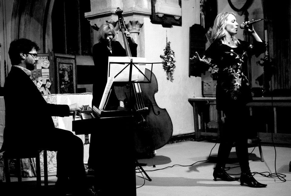 Tammy Weis- Live (14).jpg