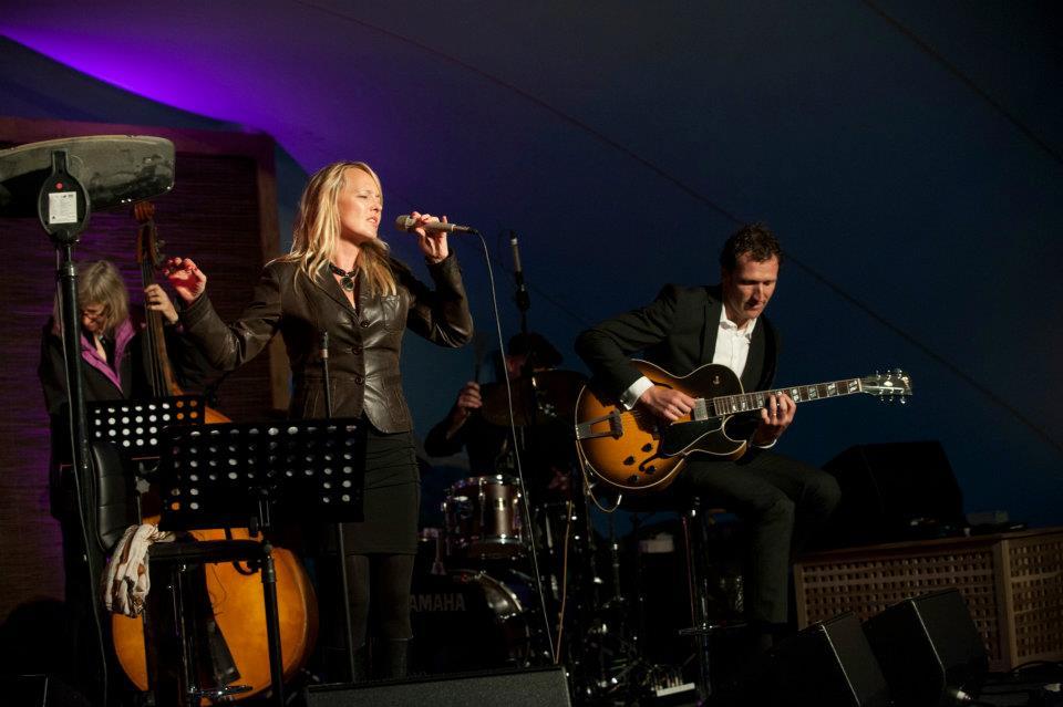 Tammy Weis- Live (16).jpg