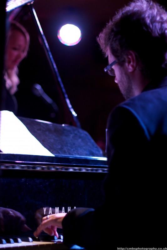 Tammy Weis- Live (22).jpg