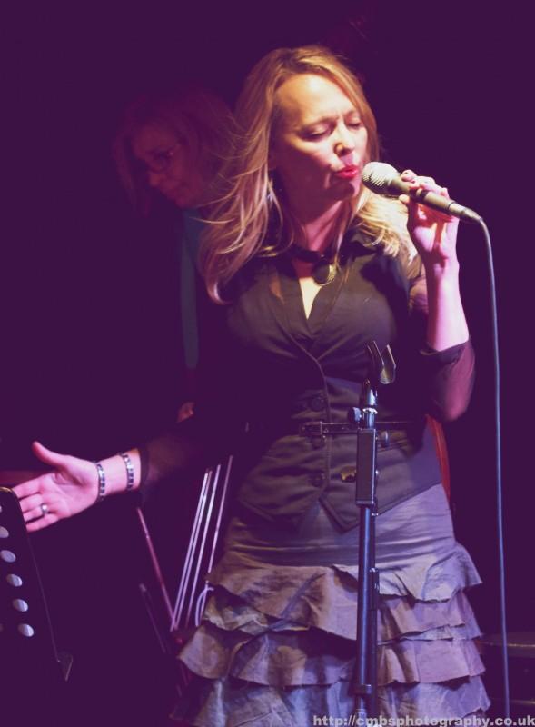 Tammy Weis- Live (24).jpg
