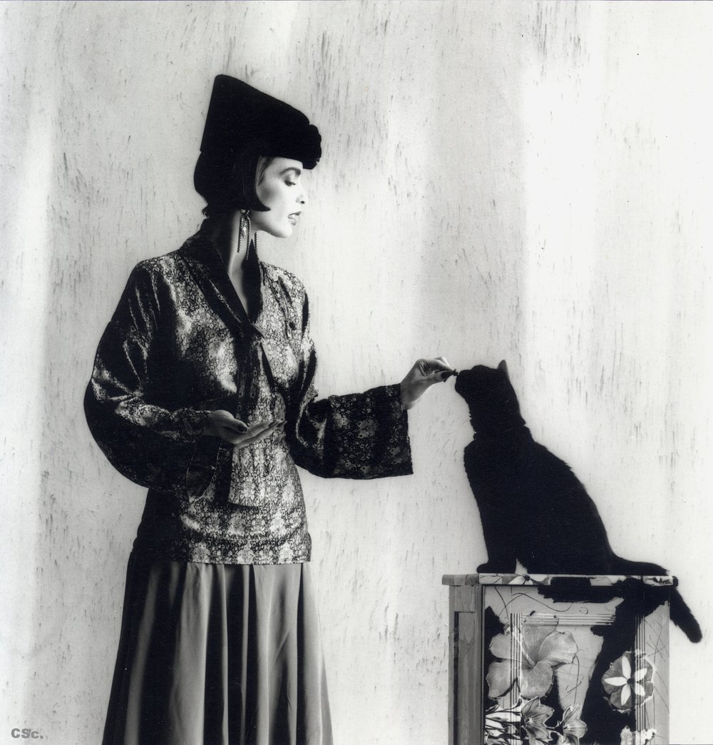 Lynn with Toad, outfit, accessories and cabinet by Colin Swift, photo by Joe Lyons for Ritz Magazine, 1986