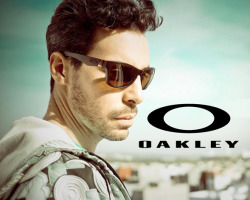 oakley-250x200.jpg