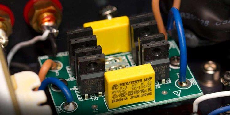 PrimaLuna Dialogue Premium HP Power Amplifier (EL34)