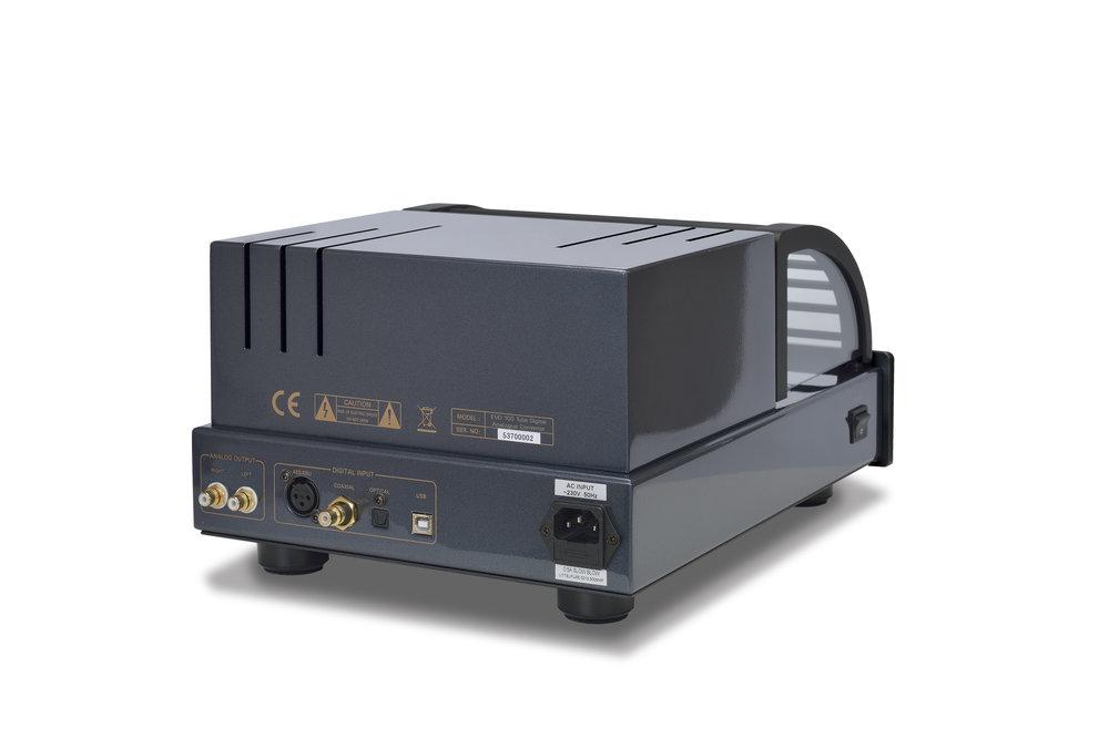186b - PrimaLuna EVO 100 Tube Digital AnaLogue Converter- black - slanted - white background.jpg