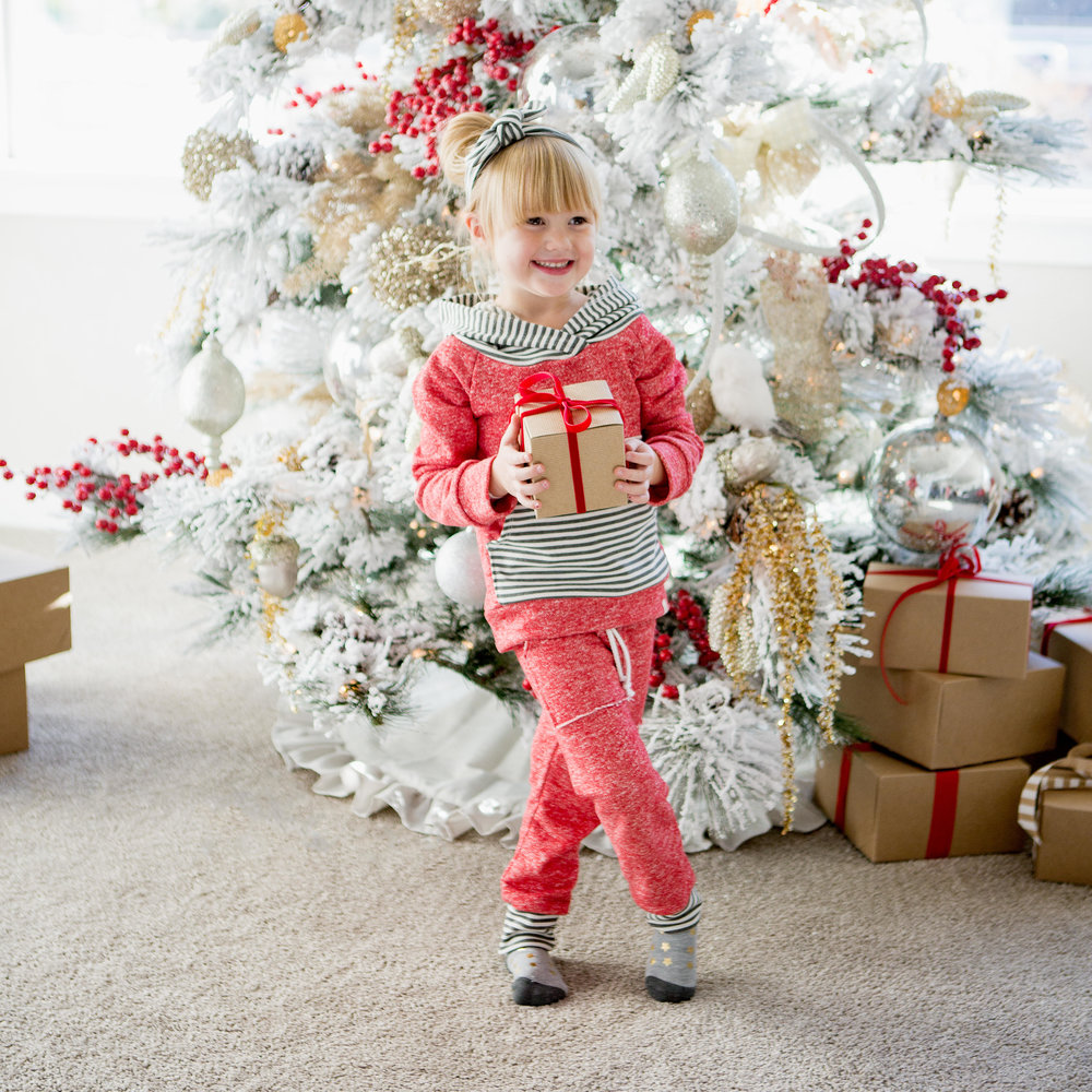 HOLIDAY GIFT GUIDE FOR LITTLE GIRLS — Nothing Down About It