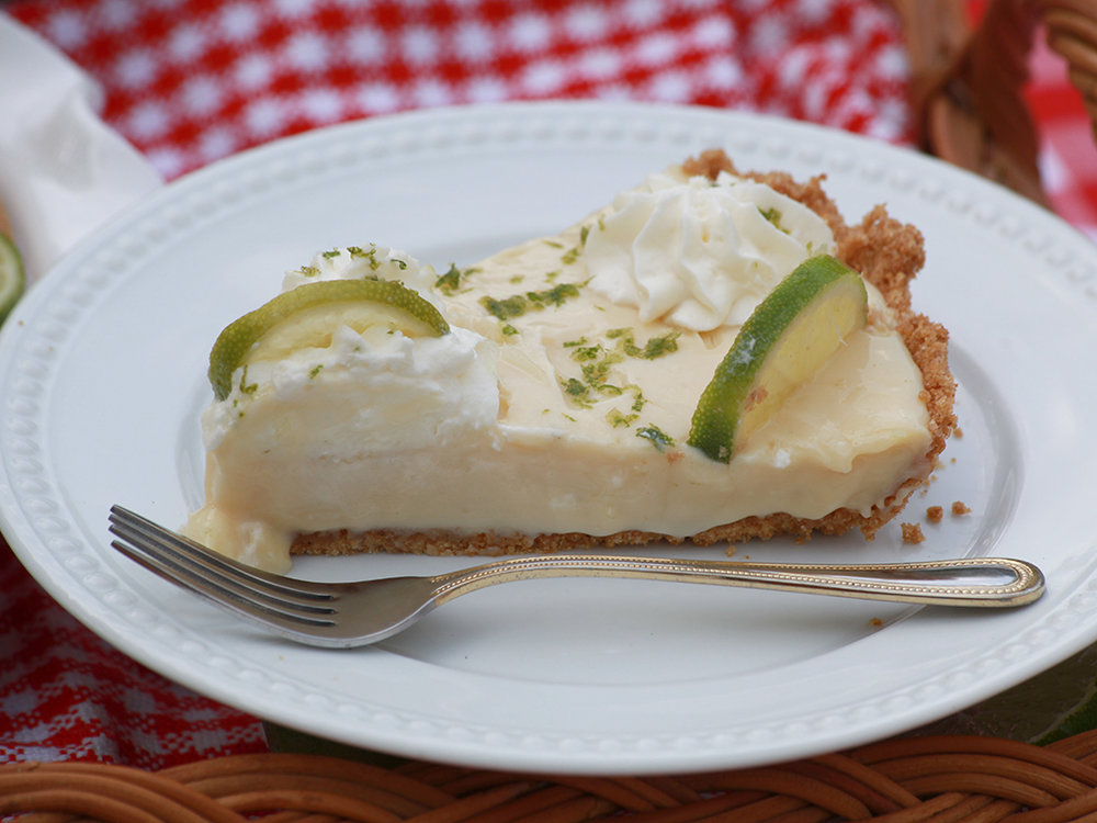 key_lime_pie_centerville_pies.jpg