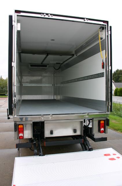 Achterklep omlaag koelwagen