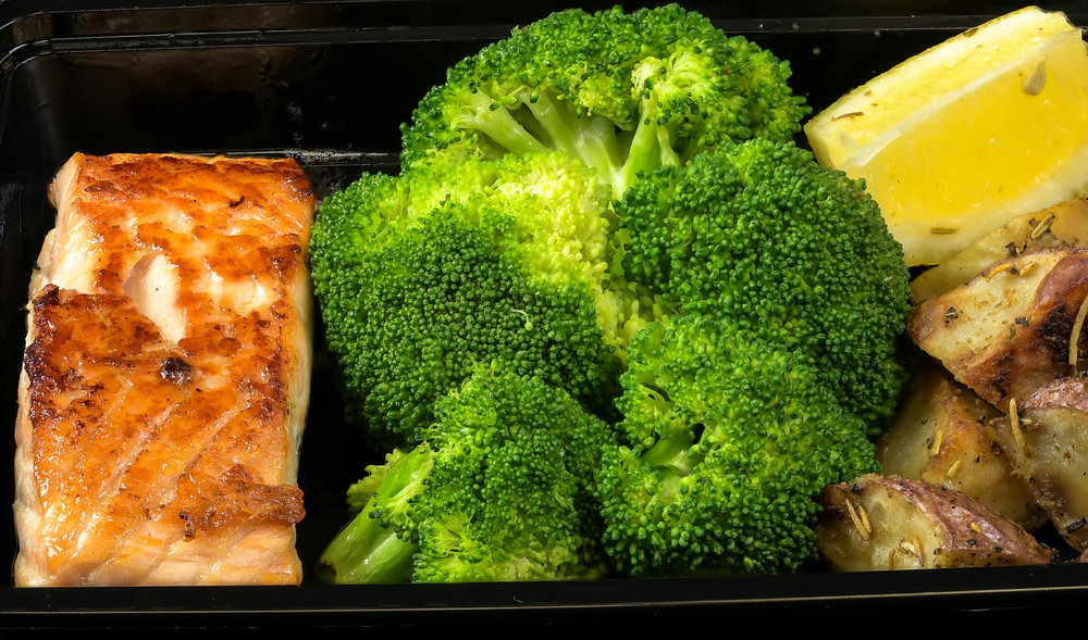 F 71 Salmon Broccoli and Potatoes 2018-04-16 07-41-31 (B,Radius8,Smoothing1).jpg