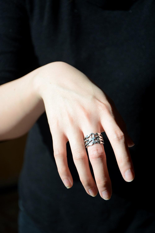 ring_black.jpg