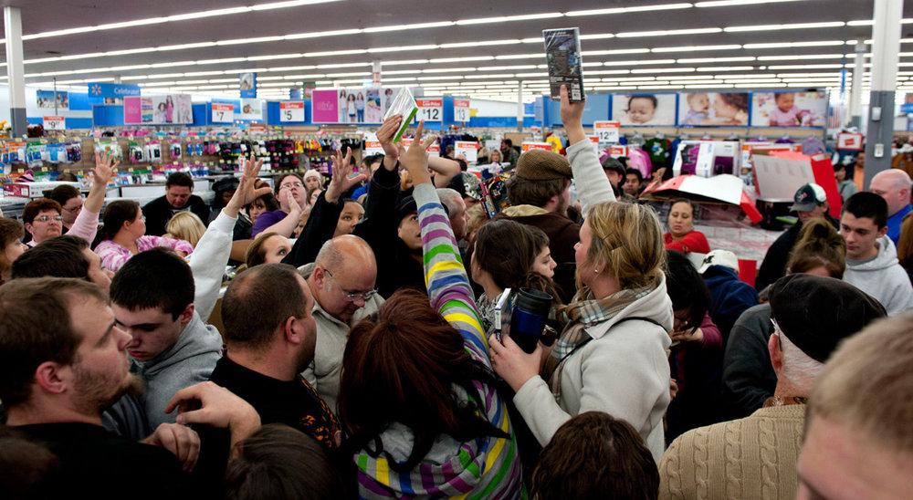 black-friday-shoppers1.jpg