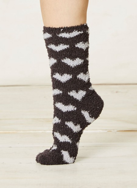 spw188-mikelli-fluffy-socks-hearts-charcoal-2.jpg