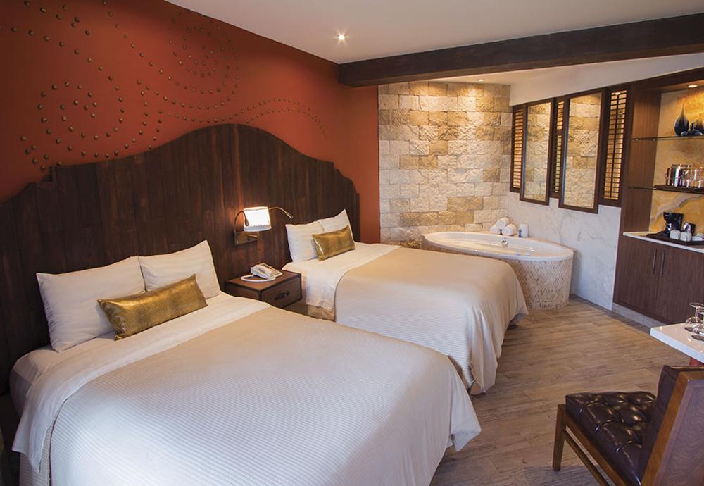 HRH-RM-Double-Guestroom.jpg