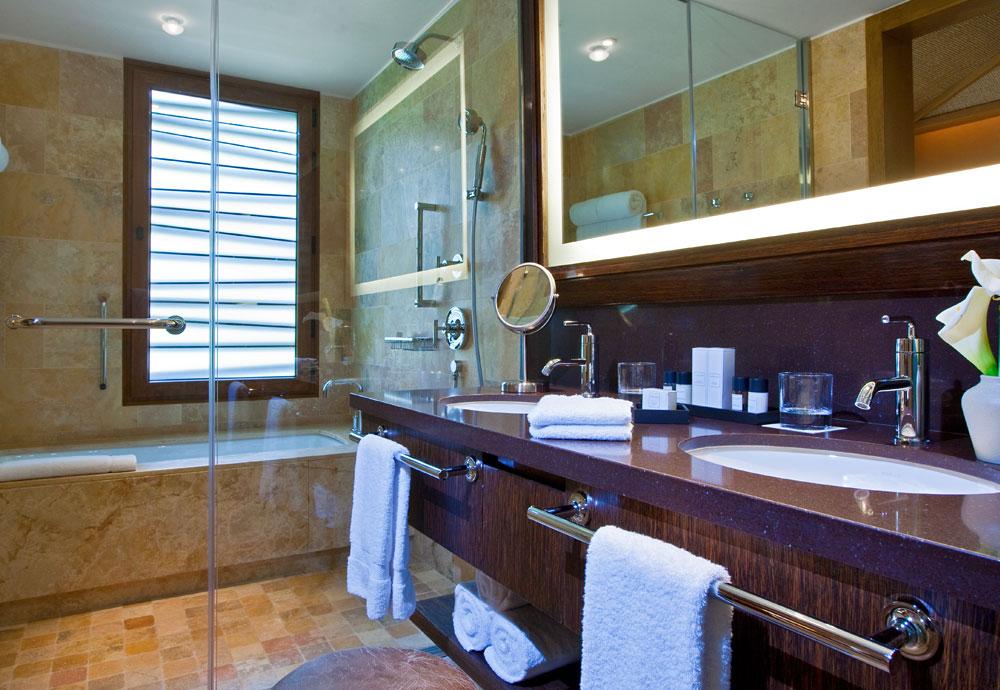 Tambo-Del-Inka-Hotel-2.jpg