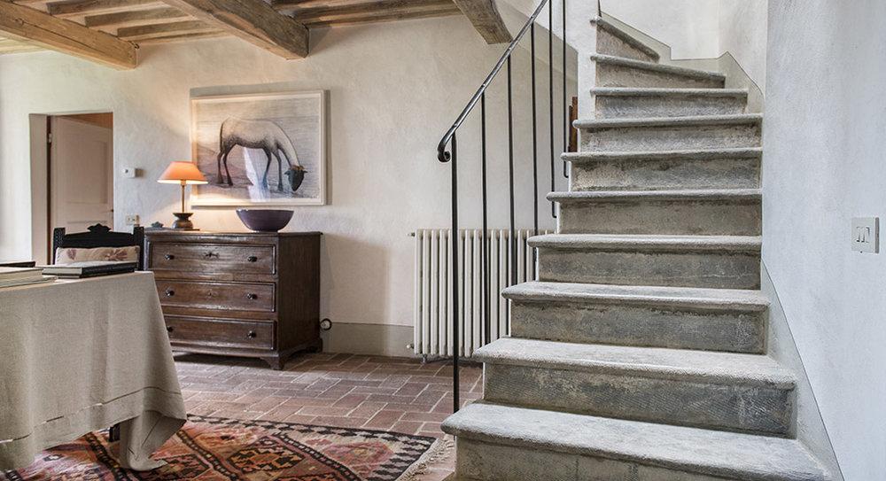 2nd Floor: Stairway