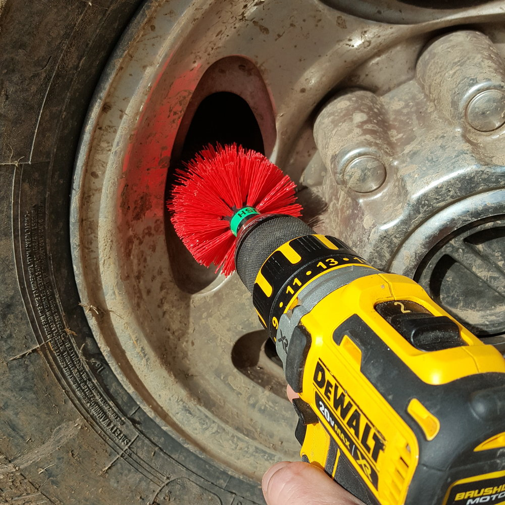 Cleaning Rims with Drill Brushes