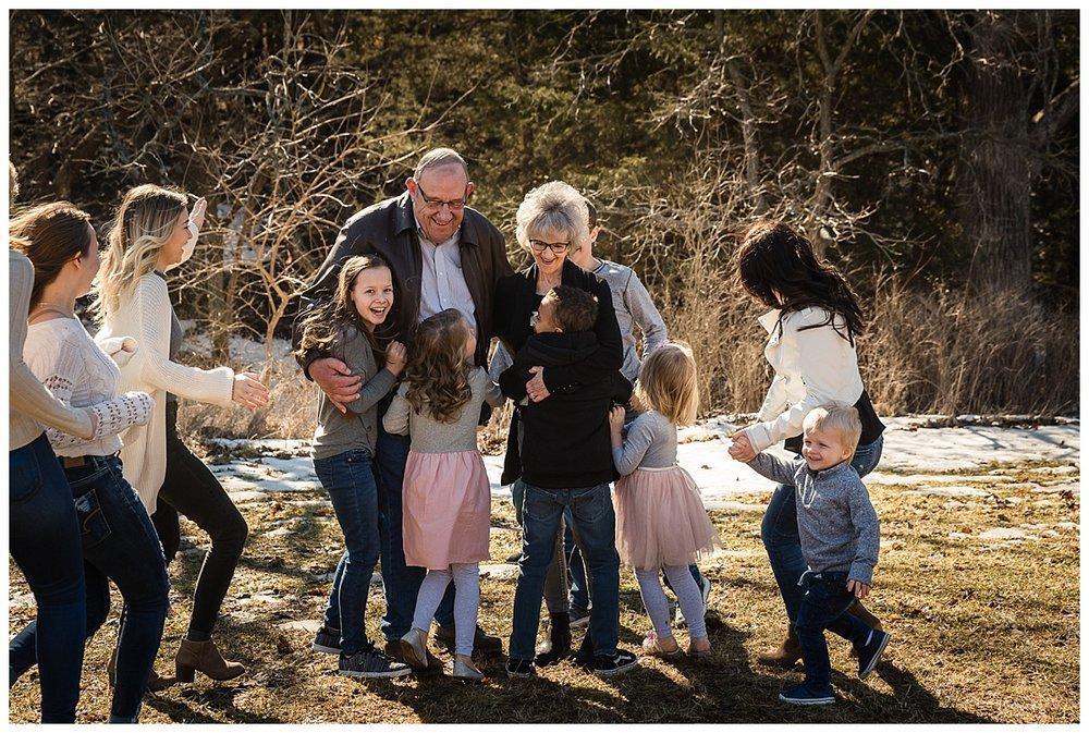extended-family-portraits-mahoney-nebraska_0164.jpg
