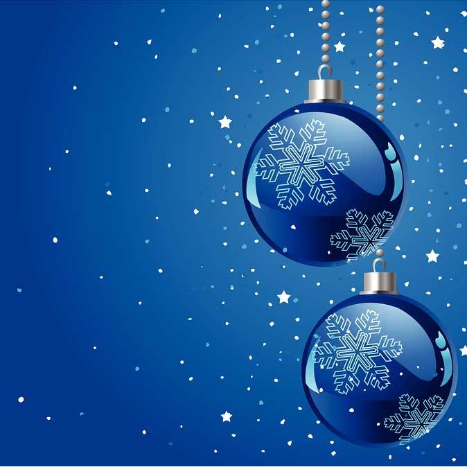 blue-christmas-decorating-faith-muskoka-women.jpg