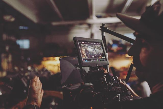 @ascendingworks X @fractal_filmco teamed up last month to create something special. Stoked to share soon after @company_3 and @ty.roth put the final touches on it 👌🏻. . Big thanks to @reddigitalcinema for the #Gemini, @brighttangerine for the matte box, @schneideroptics for the filters and @elementcamera for the stylie Lomo square front #anamorphic lenses. . All time crew on this one @chad_davies @avian_films @kr.lancaster @majeczkyphoto @peytonzpeltier @max_fuerst @blighguy . . . #red #r3d #redgemini #filmmaking #anamorphic #film #production #bts #light